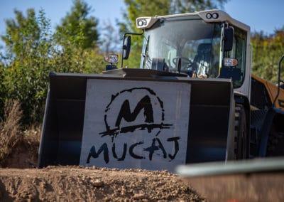 mucaj9